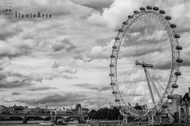 London eye blanco y negro